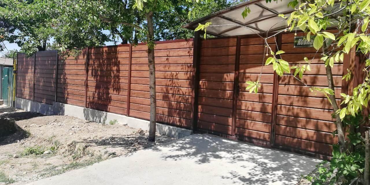 Забор из металлосайдинга ЕВРО-БРУС Каштан фото4