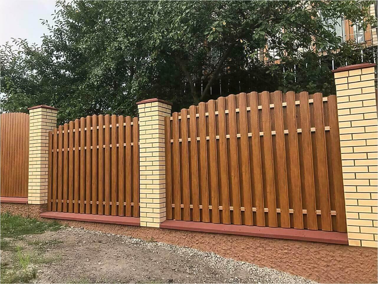 забор из штакетника 80м орех фото1