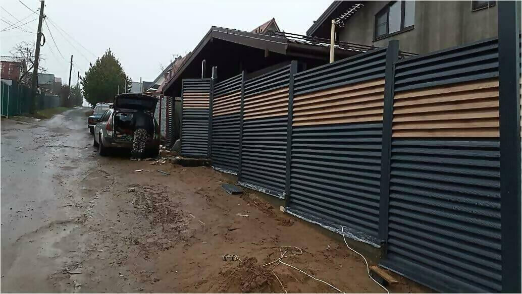забор жалюзи серый графит, золотое дерево фото1