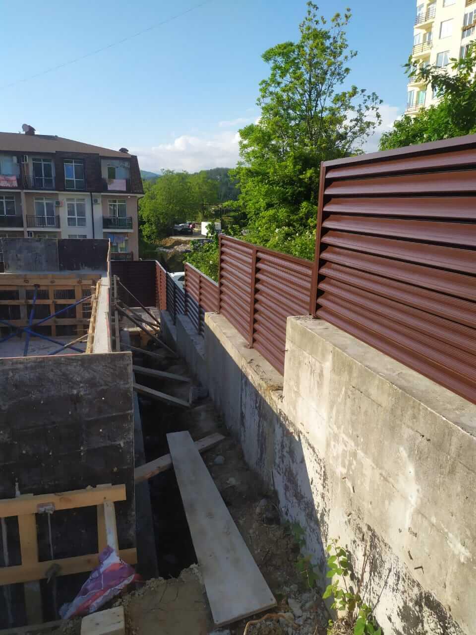 Забор-жалюзи 140м RAL8017 Шоколад фото4