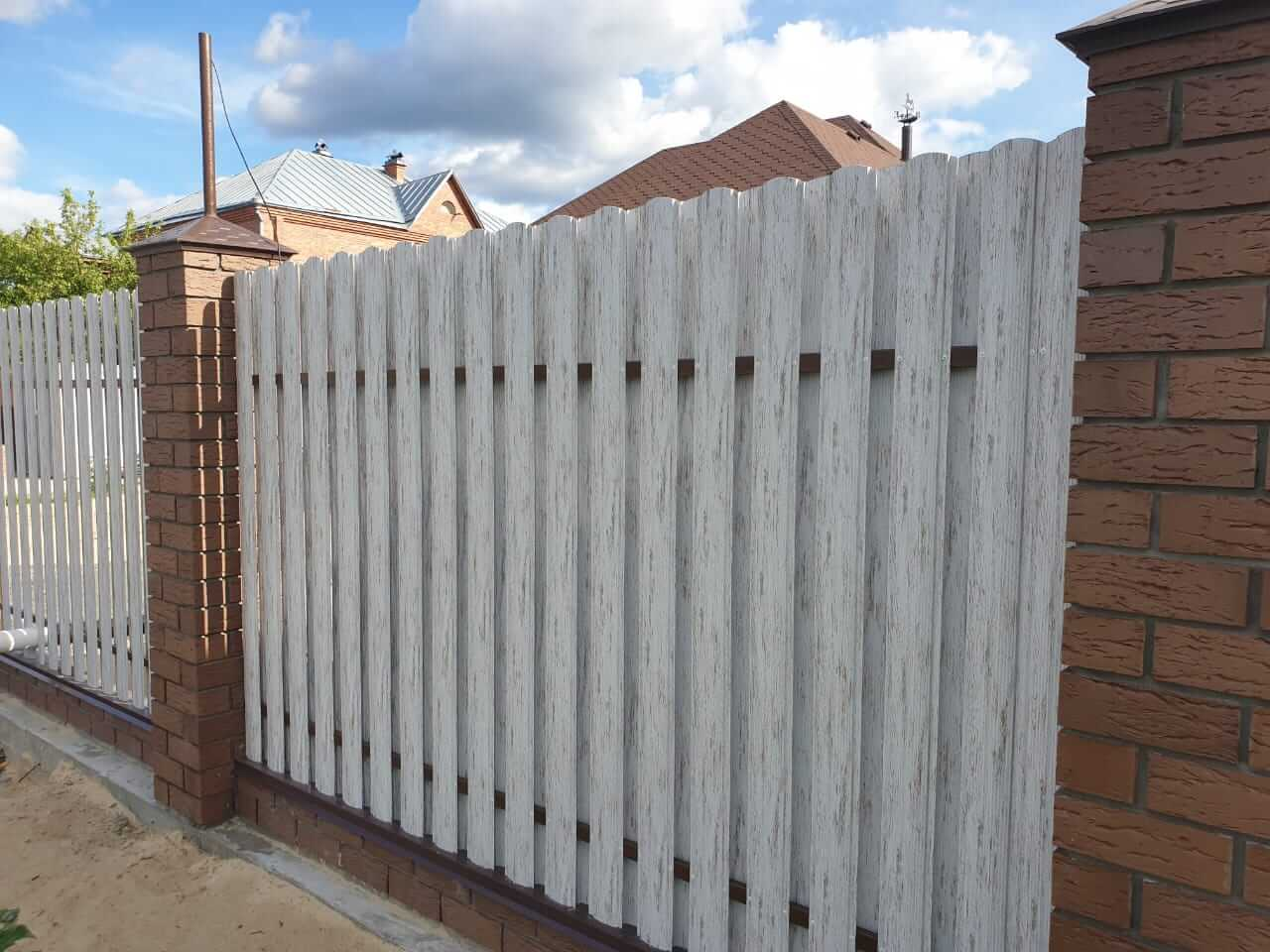забор из штакетника Белёный Дуб фото6