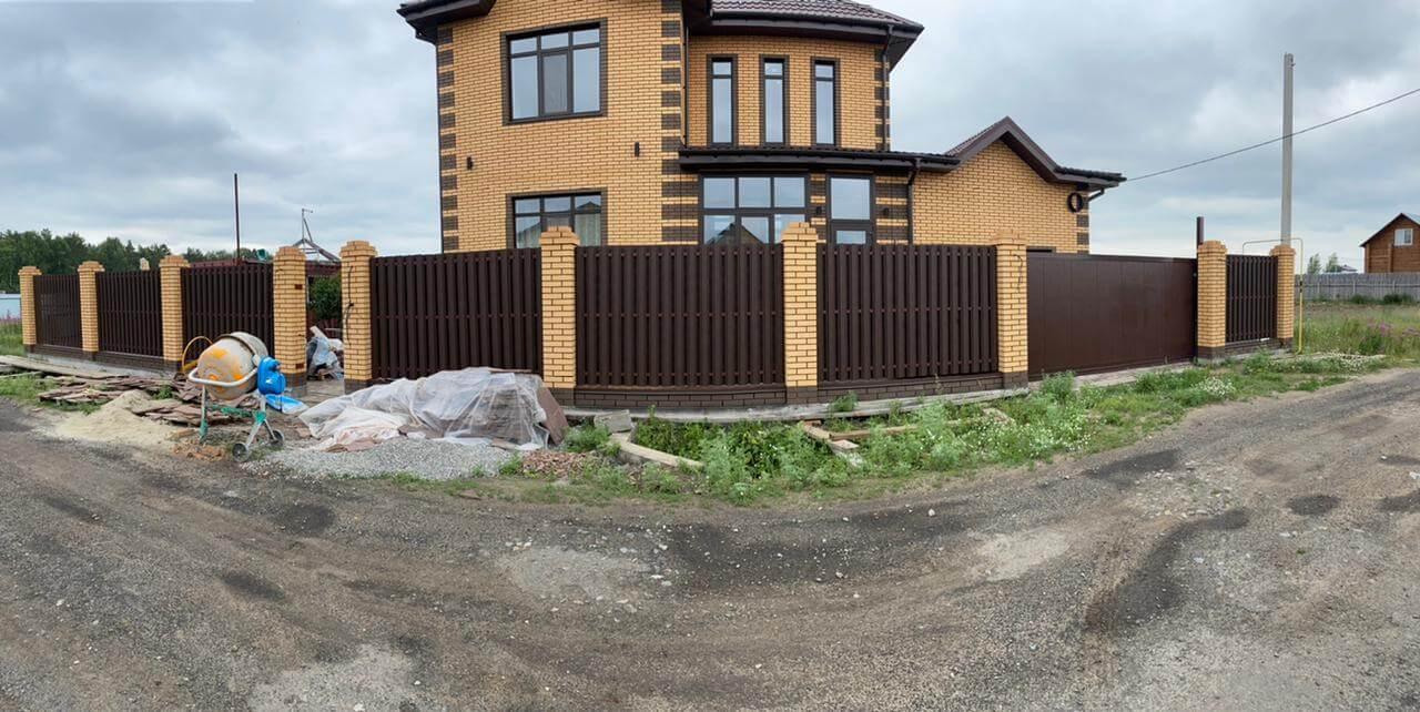 забор из штакетника Шоколад двухсторонний фото1
